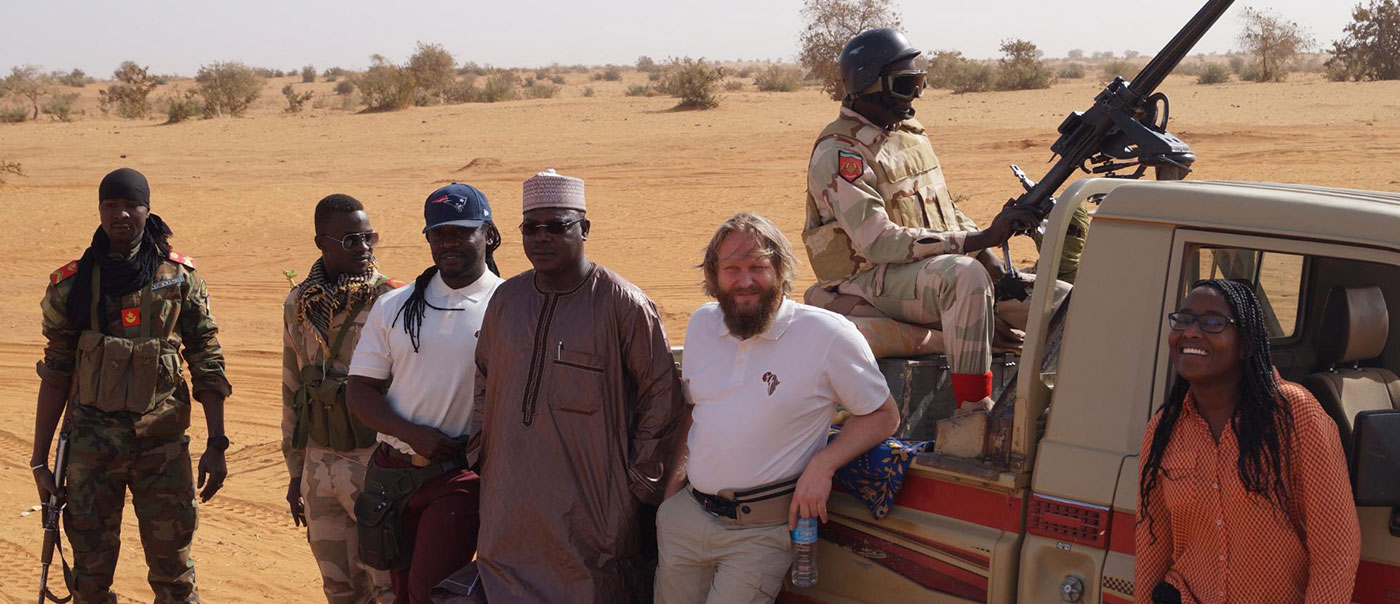 Together with co-founders Andreas Rohardt and Biba Nainou Dog, we visited Amaloul Nomade, the birth place of Ouhoumodou